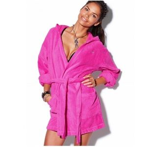 PINK Victoria's Secret Hot Pink Plush Hooded Robe